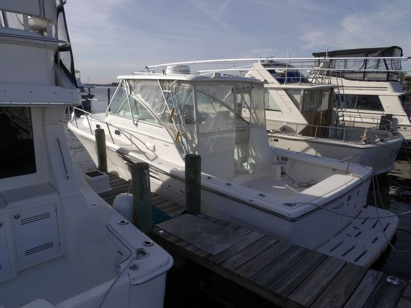 Used Pursuit 3400 Express Power Cruiser Boat For Sale
