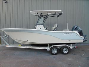 New Sea Fox 228 Commander Center Console Fishing Boat For Sale