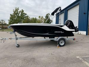 New Bayliner E15 Deck Boat For Sale