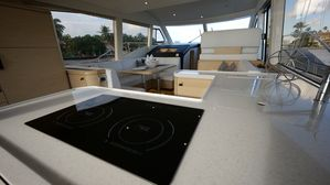 New Greenline 48 Fly Motor Yacht For Sale