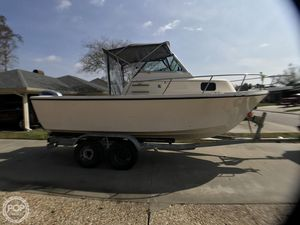 Used Parker Marine 2110 Walkaround Fishing Boat For Sale