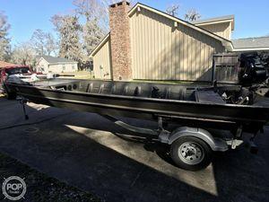 Used Weldbilt 1852MF Aluminum Fishing Boat For Sale