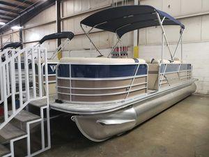New Berkshire 22RFC LE Pontoon Boat For Sale