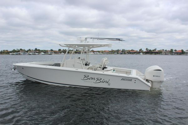 Used Jupiter HFS Center Console Fishing Boat For Sale