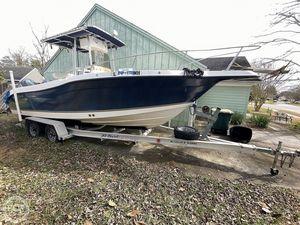 Used Seaswirl Striper 2301 CC Center Console Fishing Boat For Sale