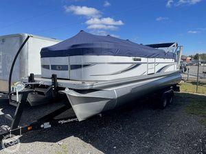 Used Qwest Avanti 823 Lanai Pontoon Boat For Sale