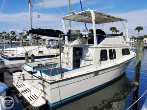 Used Chris-Craft 33 Coho Sports Fishing Boat For Sale