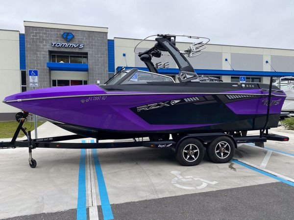 Used Tige RZX3 Ski and Wakeboard Boat For Sale