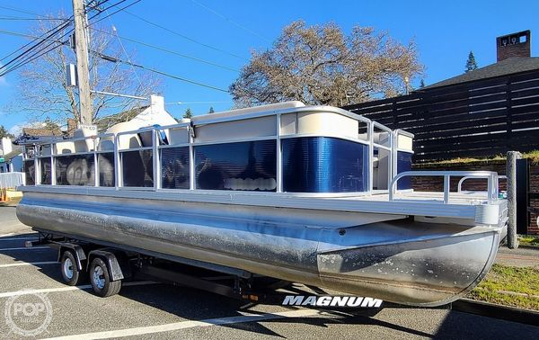 Used Harris Classic 240 Pontoon Boat For Sale