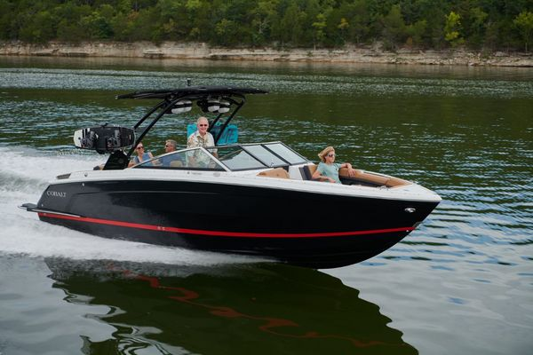 New Cobalt R8 Bowrider Boat For Sale