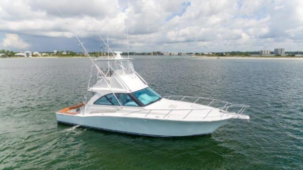 New Hatteras GT45 Express Bridge Flybridge Boat For Sale
