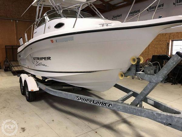 Used Seaswirl Striper 2101 WA Hard Top Walkaround Fishing Boat For Sale
