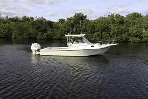 Used Parker 2510 Walkaround Fishing Boat For Sale