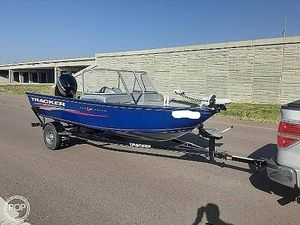 Used Tracker Pro Guide V-16 WT Aluminum Fishing Boat For Sale