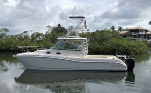 Used World Cat 320EC Saltwater Fishing Boat For Sale