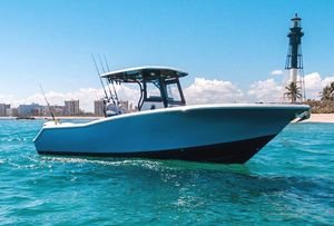 Used Tidewater 280CC Adventure Center Console Fishing Boat For Sale