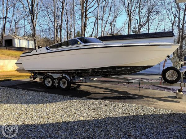 Used Formula Thunderbird F242 LS High Performance Boat For Sale