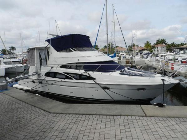 Used Carver 44 Cockpit Motor Yacht Aft Cabin Boat For Sale