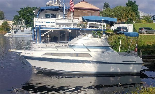 Used Carver Santego 2767 Cruiser Boat For Sale