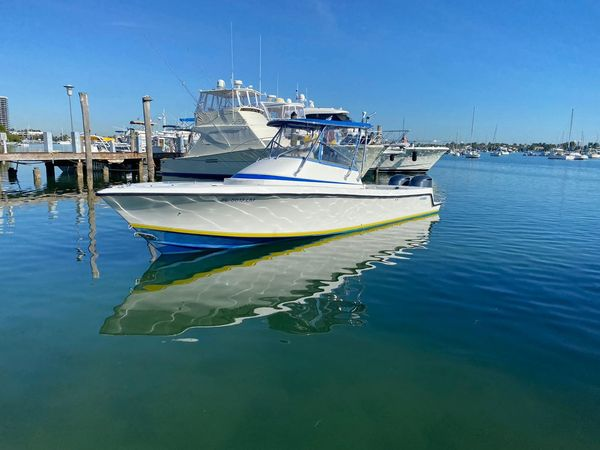 Used Contender 31 FA Cuddy Cabin Boat For Sale