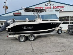 Used Robalo R200 Center Console Freshwater Fishing Boat For Sale