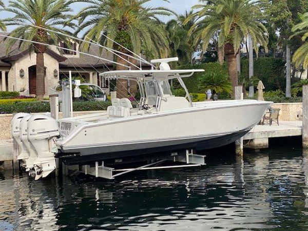 Used Jupiter Saltwater Fishing Boat For Sale