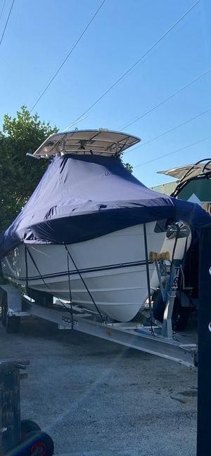 Used Cobia 256 Center Console Fishing Boat For Sale