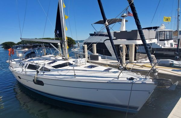 Used Hunter 410 Cutter Sailboat For Sale