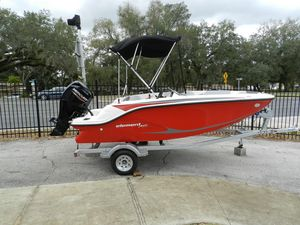 New Bayliner M15 Deck Boat For Sale