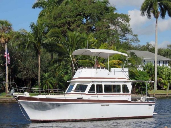 Used Californian LRC Cruiser Boat For Sale