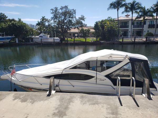Used Whittley 2590 Power Cruiser Boat For Sale