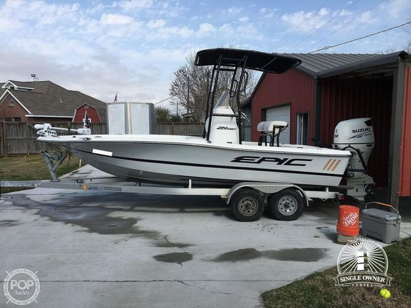 Used Epic 21SC Bay Boat For Sale