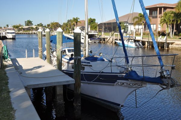 Used Gozzard 36 Racer and Cruiser Sailboat For Sale