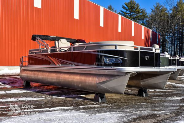 New Tahoe GT Quad Lounger Carina Neutra Cruiser Boat For Sale