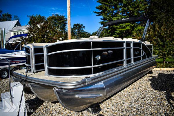 Used Barletta L23QC Cruiser Boat For Sale