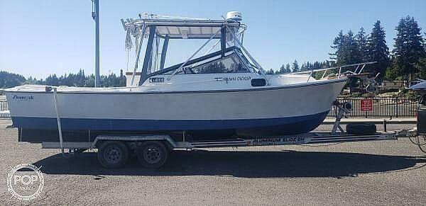 Used Shamrock 260 Predator Walkaround Fishing Boat For Sale