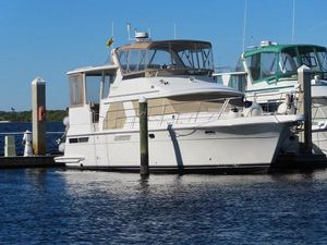 Used Carver 445 Motor Yacht For Sale