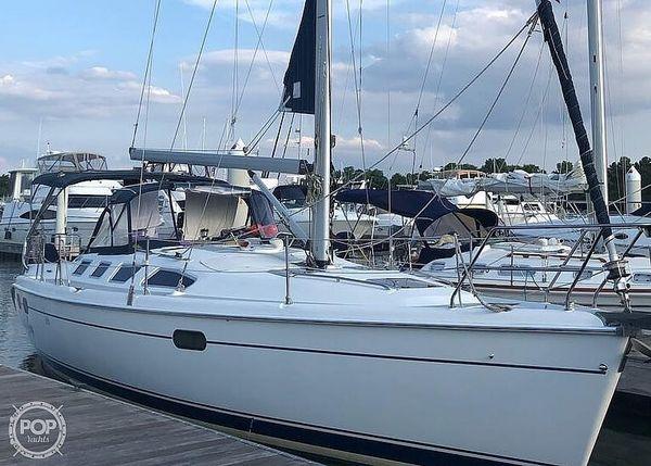 Used Hunter 386 Sloop Sailboat For Sale