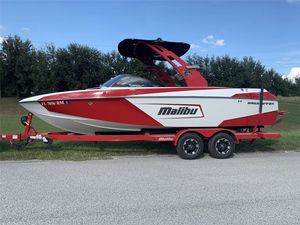 Used Malibu Wakesetter Lsv 23 Ski and Wakeboard Boat For Sale