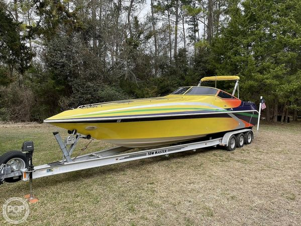 Used Envision Illusion 3200 High Performance Boat For Sale