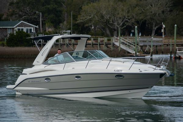 Used Monterey 320 Sport Yacht Power Cruiser Boat For Sale
