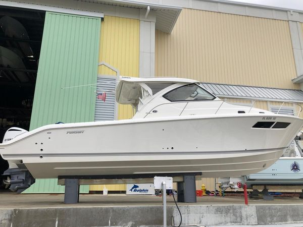 Used Pursuit 355 Express Cruiser Boat For Sale