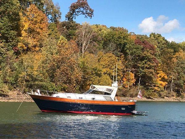 Used Apreamare Cabinato 12 Trawler Boat For Sale