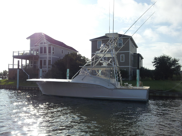 Used Custom Carolina Express Sportfish Low Hours QSM 11 Power Sports Fishing Boat For Sale