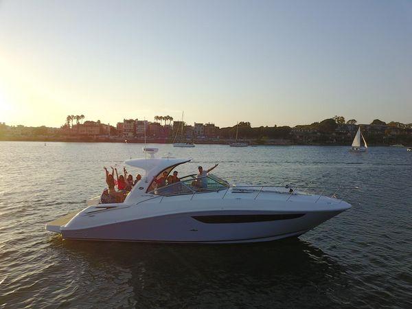 Used Sea Ray 370 Sundancer Power Cruiser Boat For Sale