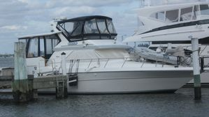 Used Sea Ray 440 Aft Cabin Flybridge Boat For Sale