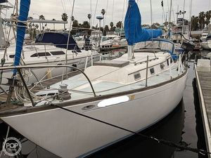 Used Columbia C-34 Racer and Cruiser Sailboat For Sale