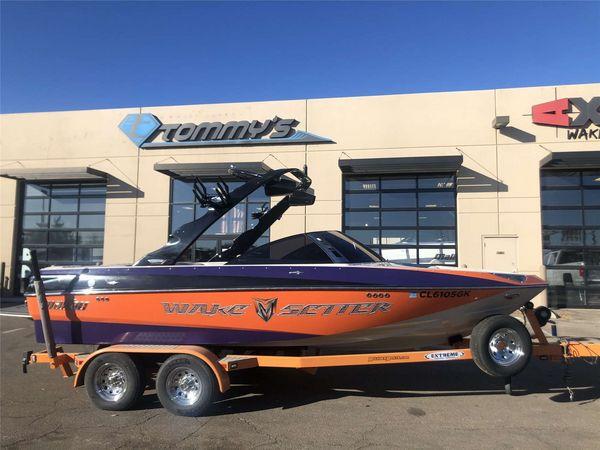 Used Malibu 20 VTX Ski and Wakeboard Boat For Sale