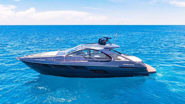 Used Pershing 5X Cruiser Boat For Sale