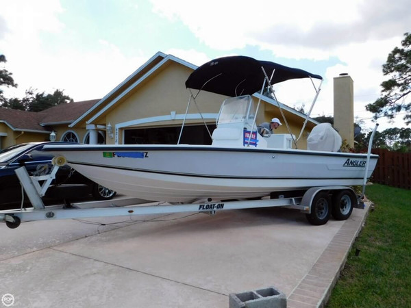 Used Angler 20 Bay Boat For Sale